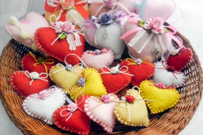 Мастер-класс по изготовлению игрушек из фетра ко Дню Святого Валентина
