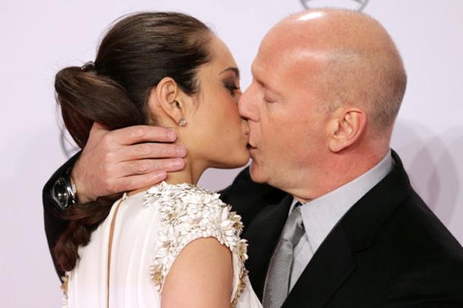 Брюс Уиллис увез беременную супругу во второй медовый месяц