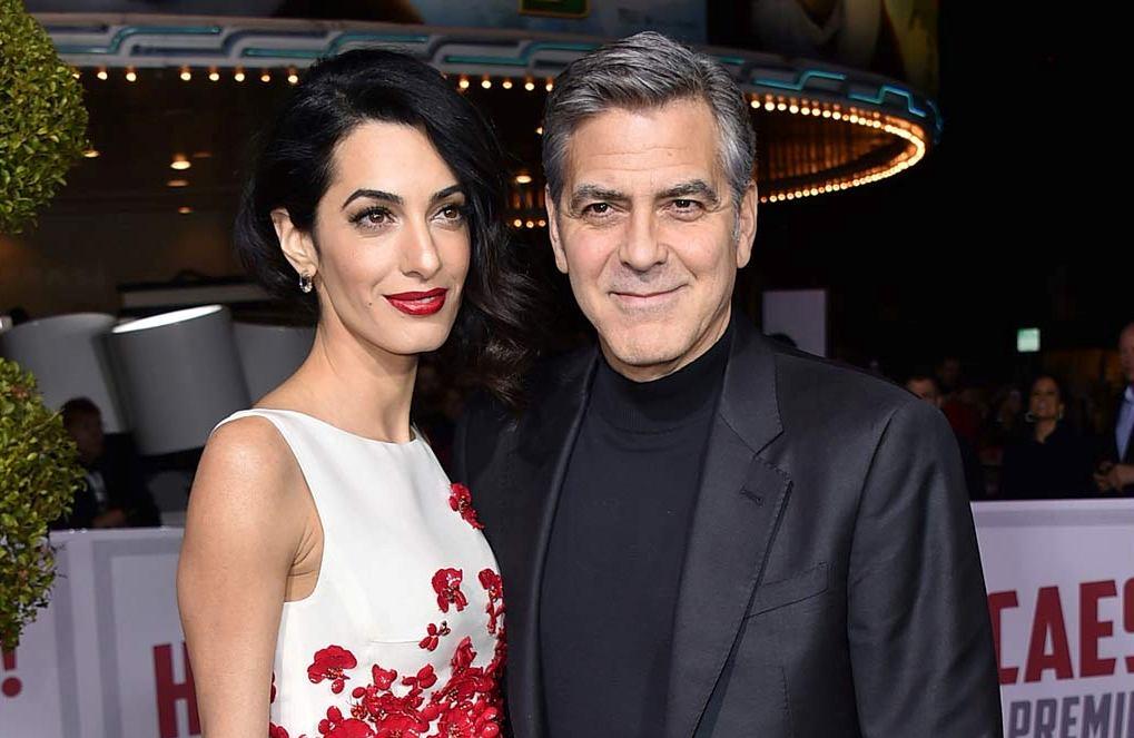 Джордж Клуни впервый раз прокомментировал беременность Амаль
