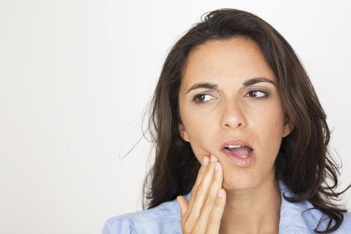 Как облегчить боль в горле после бронхоскопии