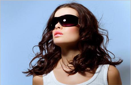 Очки вместо макияжа глаз