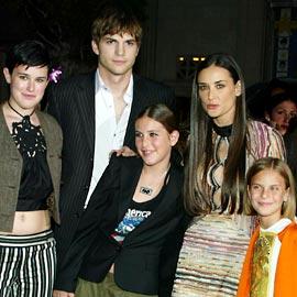 Деми Мур и дети