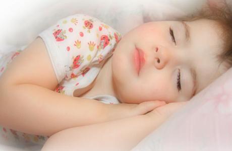 Если ребенок плохо спит днем