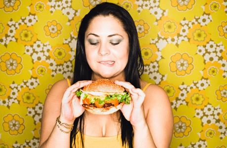 Контролируй появление лишних килограммов