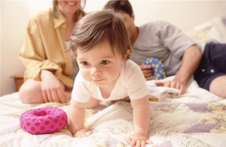 Ребенок начинает мыслить и действовать самостоятельно