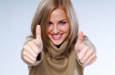 Здоровые зубы и десны у беременной