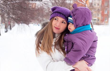 Зимний воздух полезен для малыша