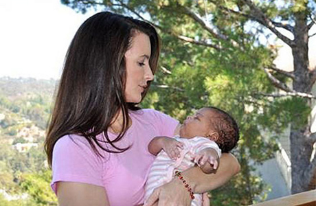 Кристин Девис с малышкой