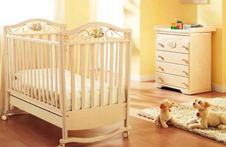 Куда поставить кроватку для малыша