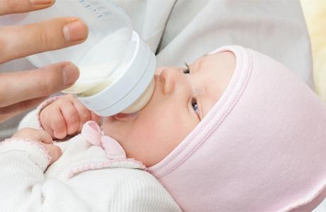 Любимая бутылочка молочка