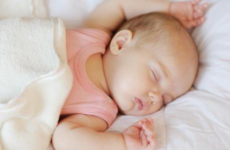 Малыш засыпает после 10 подходов