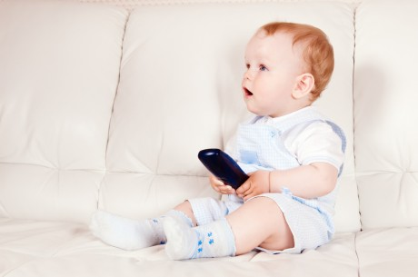 Телевизор влияет на детскую психику