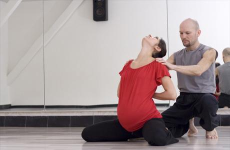 Запишись на йогу или пилатес