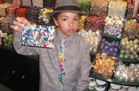 8-летний мальчик успешно руководит собственным бизнесом