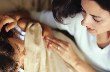 Если малыш болеет – также не забывай его хвалить