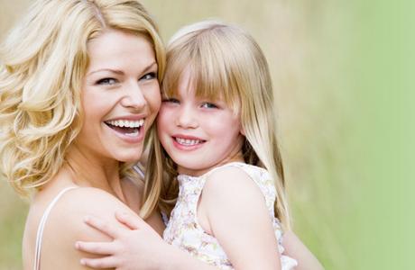 Могут ли друзей-ровесников заменить родители