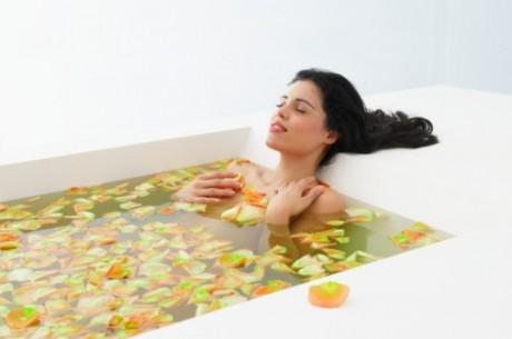 Ванна с аромамаслами