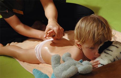 Как делать ребенку массаж - рекомендации