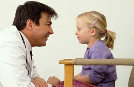Обратись к педиатру, психологу или детскому невропатологу
