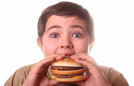 В Америке у родителей забрали малыша из-за ожирения