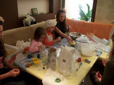 Новый год с детьми в ресторане Сервиз