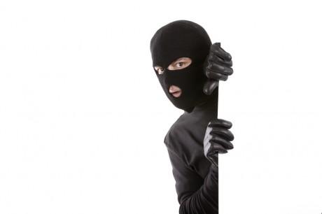 Как ребенку себя вести при ограблении