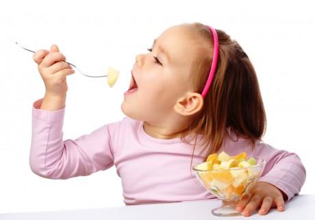 Еда делает малышей счастливыми