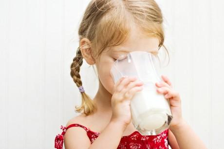 Пейте детки молоко