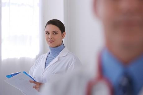 Украинские медики помогли родить