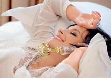 Секс-символ Надя Мейхер снова стала мамой