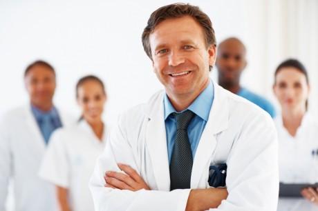 """Медики выяснили, почему дамам """"после 30"""" труднее забеременеть"""
