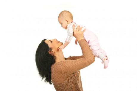 Голос мамы заменяет малышам медикаменты