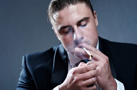 Лейкемию вызывают курящие папы