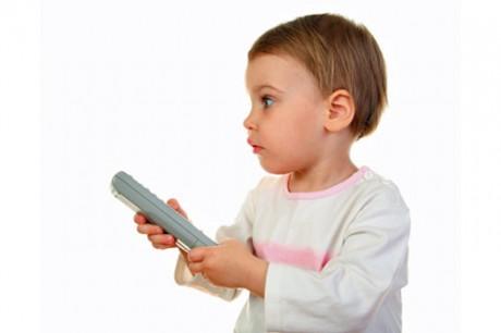 Деткам запретили смотреть рекламу