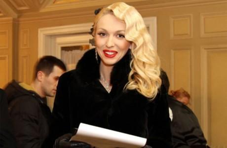 Полякова стала мамочкой года