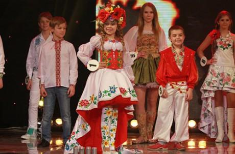Дети украинских футболистов показали моду