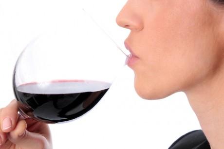 Алкоголь во время беременности не опасен
