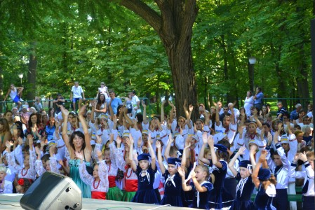 Дети установили рекорд в караоке