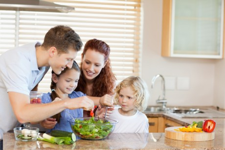 Родители должны подавать пример ребенку!
