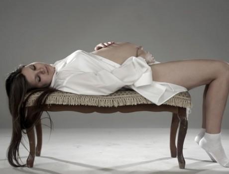 Спать на спине беременной вредно