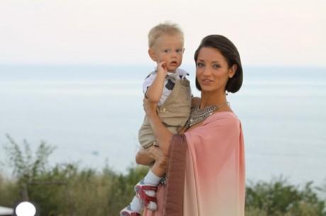 Татьяна Денисова рассказала, от кого она родила сына