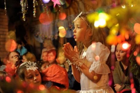 Обзор детских новогодних елок и представлений в Киеве накануне Нового 2013-го Года. Часть 1