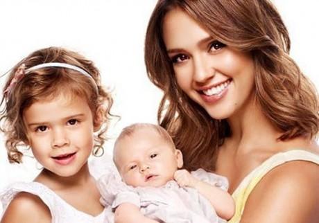 Джессика Альба снова ждет малыша